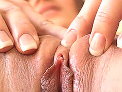 Dani squeezes her pussy together