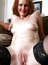 Camille_johnson - Cock hungry mommy teases her tight shaved twat until she cums